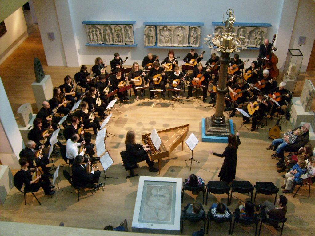 Ausblick auf das Orchester von der Galiere des Kuppelsaales